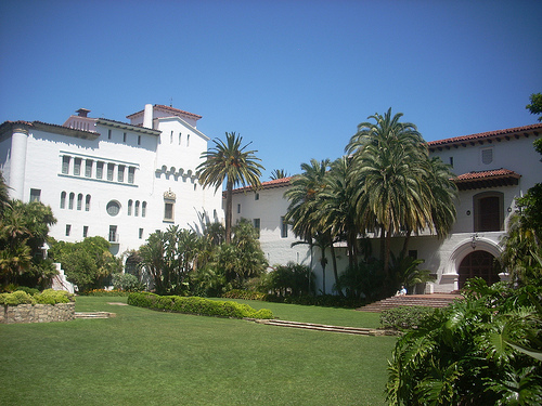 Santa Barbara County Courthouse lawn in the sunken garden. Photo by LA WAD/Flickr.